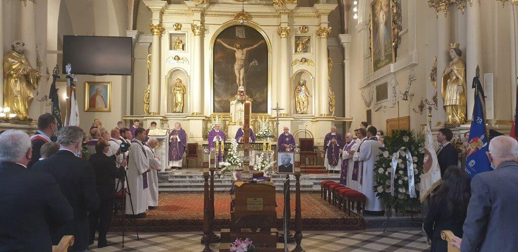 Pogrzeb Proboszcza Parafii Św. Szczepana w Raszynie, Zakład pogrzebowy Raszyn